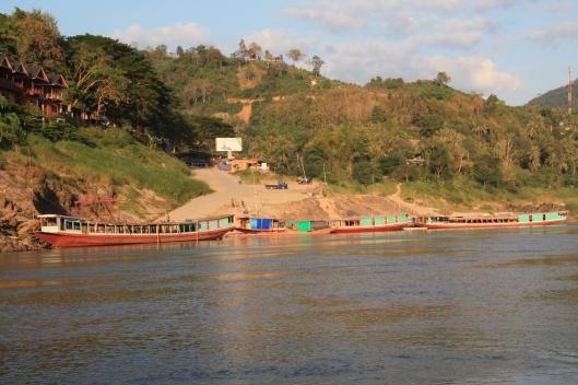 excursie pe raul Mekong